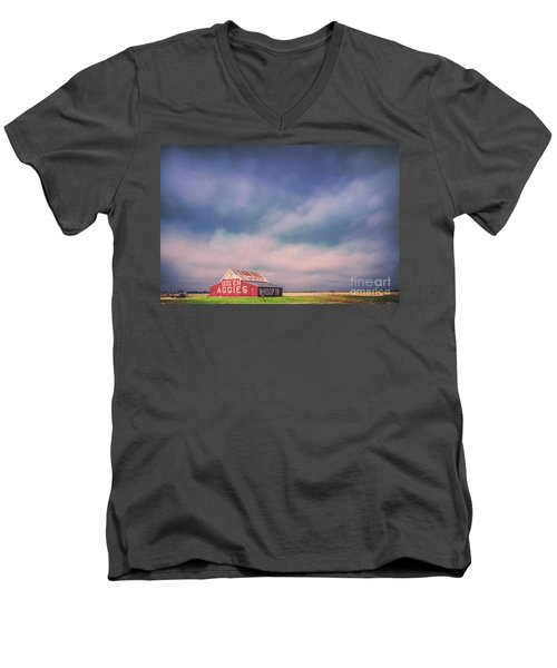 Ominous Clouds Over The Aggie Barn In Reagan, Texas Men's V-Neck T-Shirt