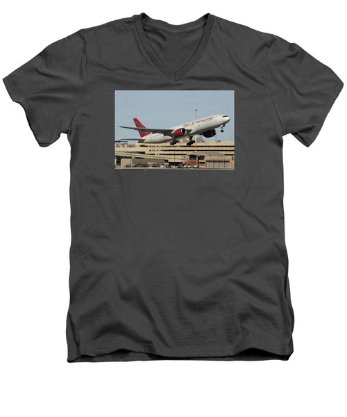 Omni Air International Boeing 777-222 N927ax Phoenix Sky Harbor January 3 2015 Men's V-Neck T-Shirt