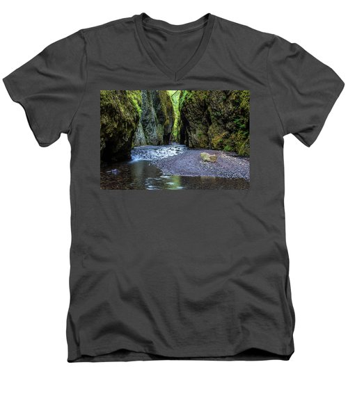 Men's V-Neck T-Shirt featuring the photograph Oneonta Gorge by Pierre Leclerc Photography