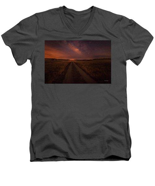 Open Range Men's V-Neck T-Shirt