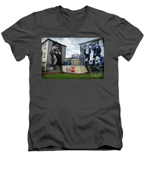 Men's V-Neck T-Shirt featuring the photograph Operation Motorman Mural In Derry by RicardMN Photography