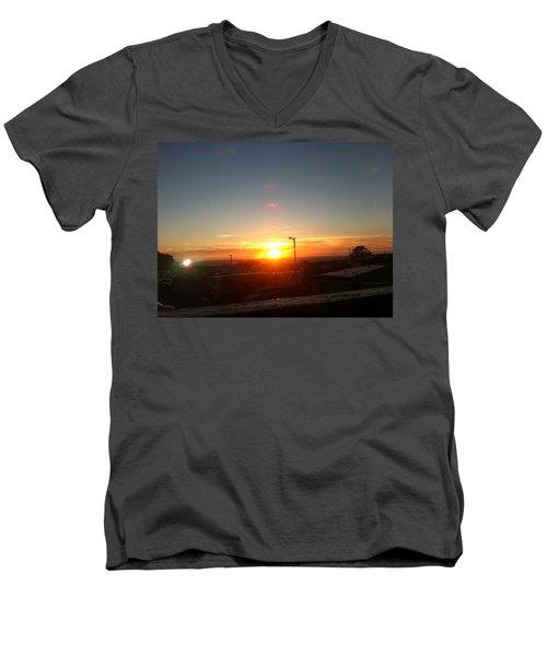 Oregon Blazing Sunset Men's V-Neck T-Shirt