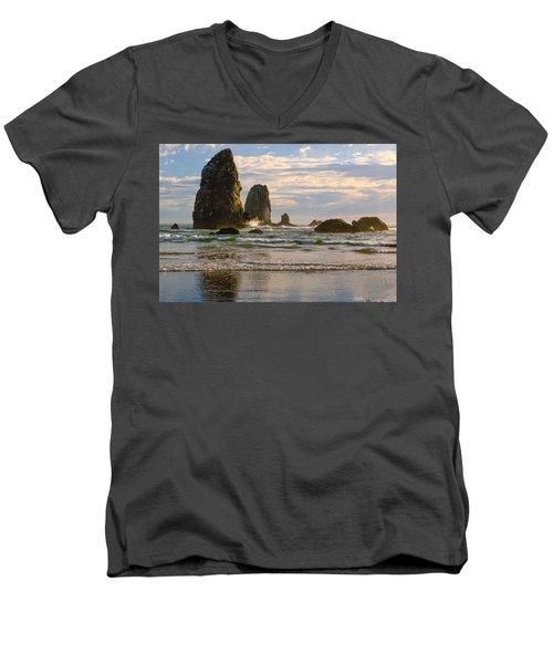 Oregon Sea Stacks Men's V-Neck T-Shirt