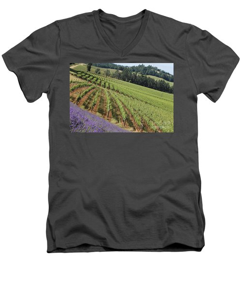 Oregon Vineyard Men's V-Neck T-Shirt