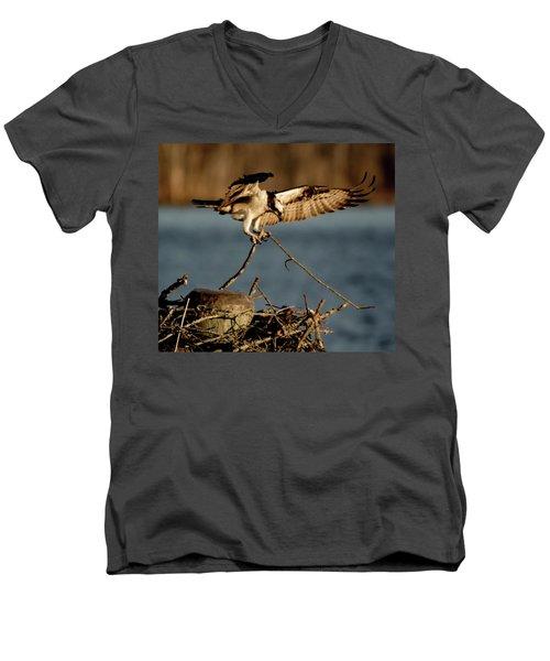 Osprey 2017-3 Men's V-Neck T-Shirt