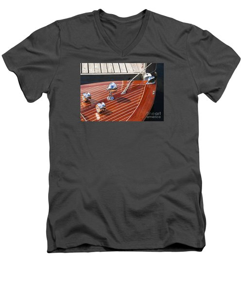 Outboard Runabout Men's V-Neck T-Shirt