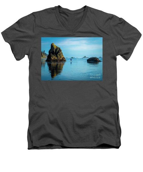 Outing In Ruby Beach,wa Men's V-Neck T-Shirt