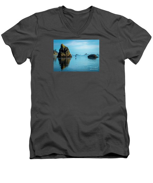 Outing In Ruby Beach,wa Men's V-Neck T-Shirt