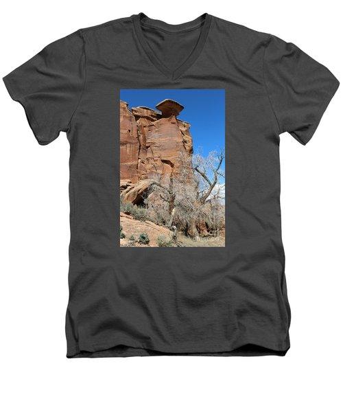 Outlaw Caprock Jump In Colorado Men's V-Neck T-Shirt