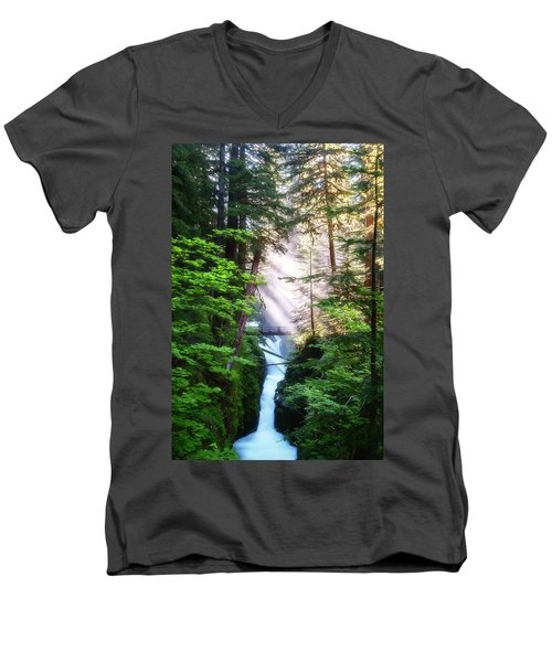 Over The River And Through The Woods Men's V-Neck T-Shirt