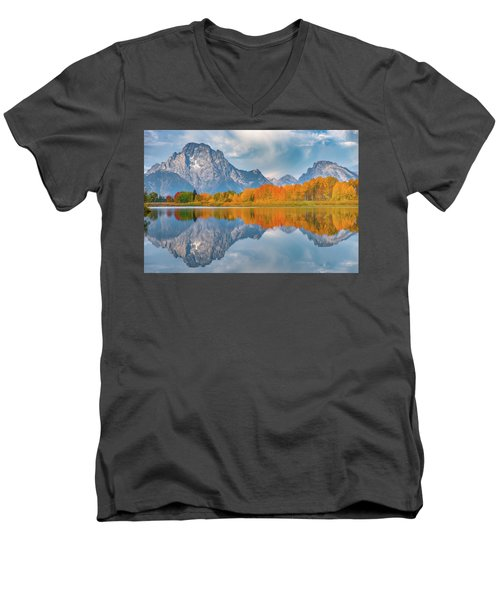 Oxbow's Autumn Men's V-Neck T-Shirt