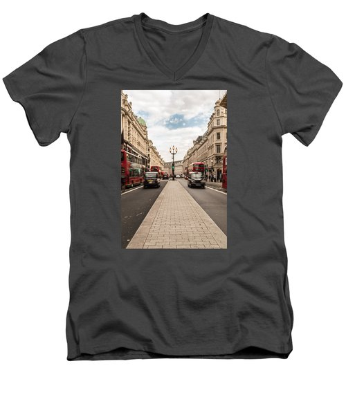 Oxford Street In London Men's V-Neck T-Shirt