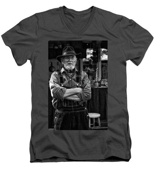 Ozark Mountain Citizen Men's V-Neck T-Shirt