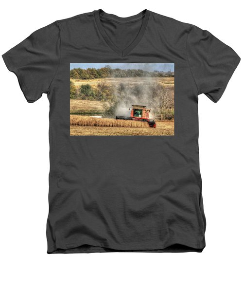 Page County Iowa Soybean Harvest Men's V-Neck T-Shirt