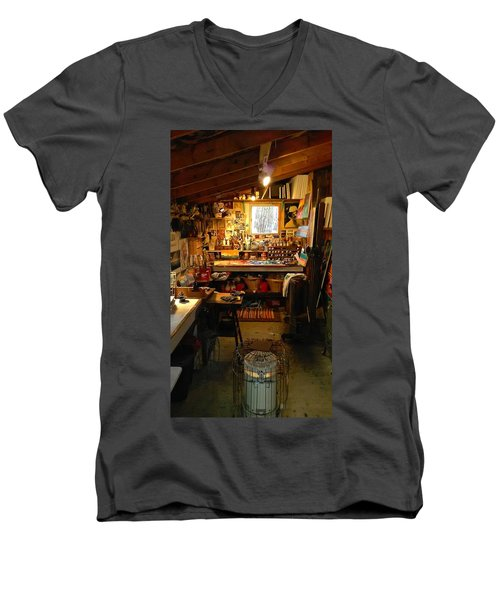 Paint Shed Men's V-Neck T-Shirt