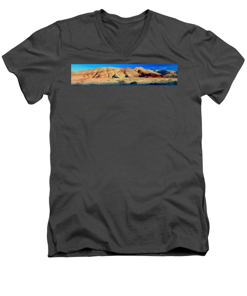 Painted Hills Extreme Pano  Men's V-Neck T-Shirt