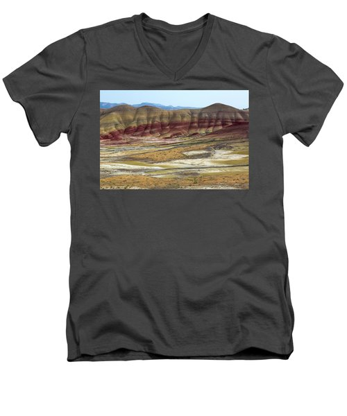 Painted Hills View From Overlook Men's V-Neck T-Shirt