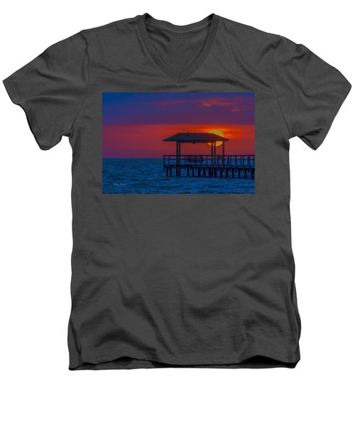 Palapa Del Sol Men's V-Neck T-Shirt