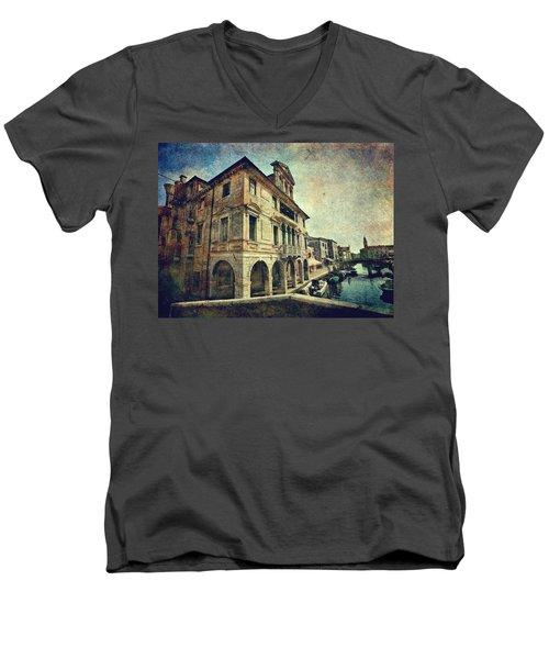 Palazzo Lisatti - Mascheroni Men's V-Neck T-Shirt