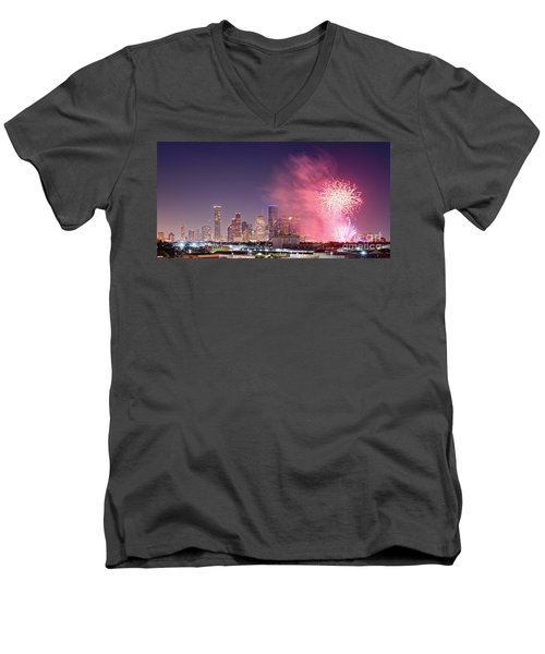 Panorama Of Downtown Houston Skyline Fireworks On The 4th Of July - Harris County Texas Men's V-Neck T-Shirt