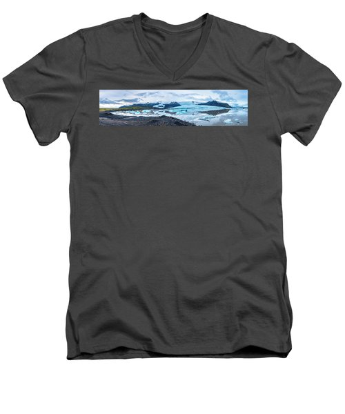 Panorama View Of Icland's Secret Lagoon Men's V-Neck T-Shirt