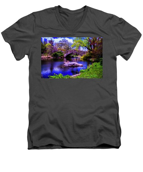 Park Bridge Men's V-Neck T-Shirt