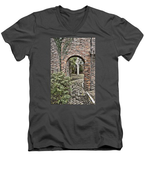Passage  Men's V-Neck T-Shirt