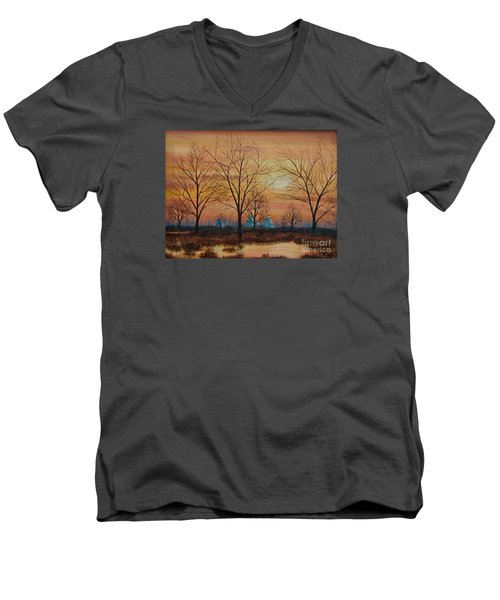 Patomac River Sunset Men's V-Neck T-Shirt
