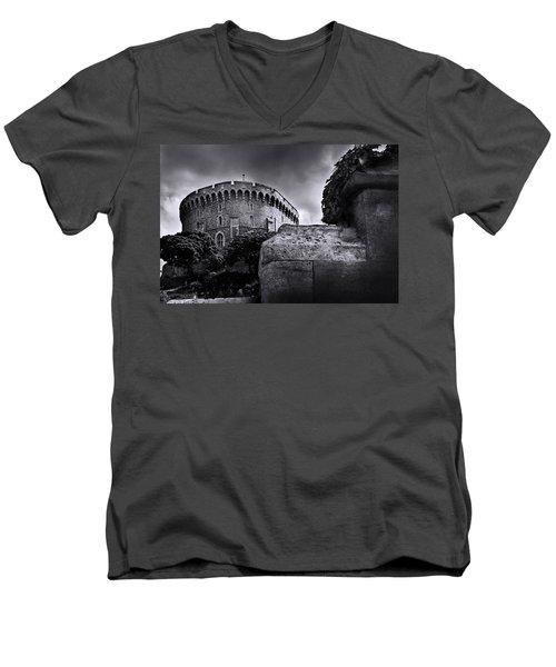 Peak At The Tower Men's V-Neck T-Shirt