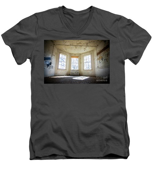 Men's V-Neck T-Shirt featuring the photograph Pealing Walls by Randall Cogle