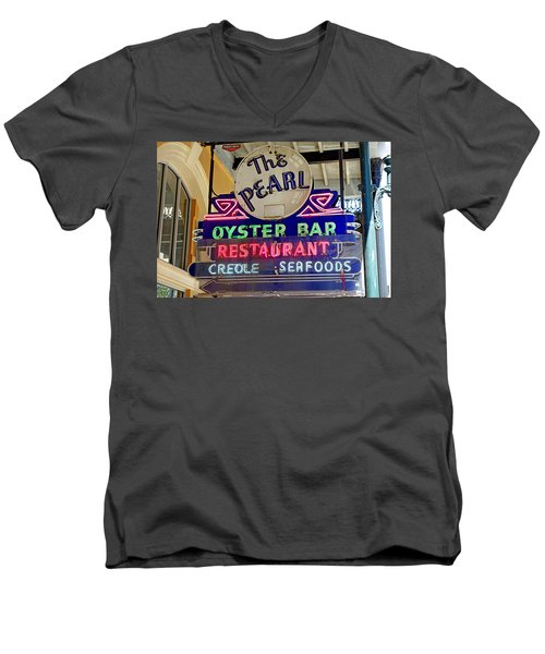 Pearl Oyster Bar Men's V-Neck T-Shirt