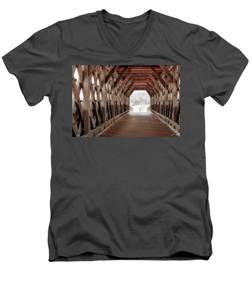 Pedestrian Lattice Bridge Men's V-Neck T-Shirt