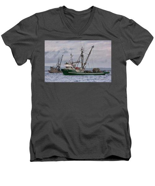 Pender Isle And Santa Cruz Men's V-Neck T-Shirt