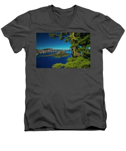 Perfect Picture Frame Men's V-Neck T-Shirt