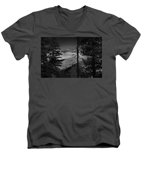 Perspective Range Men's V-Neck T-Shirt