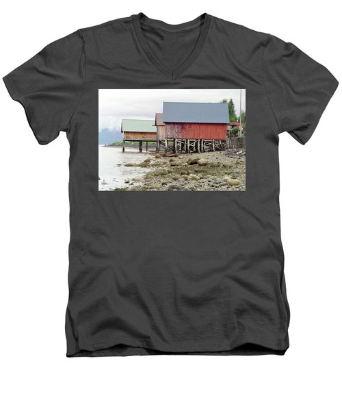 Petersburg Coastal Men's V-Neck T-Shirt