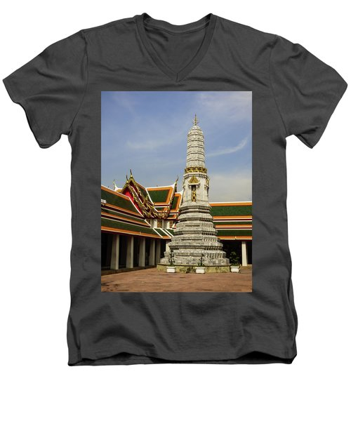 Phra Prang Tower At Wat Pho Temple Men's V-Neck T-Shirt