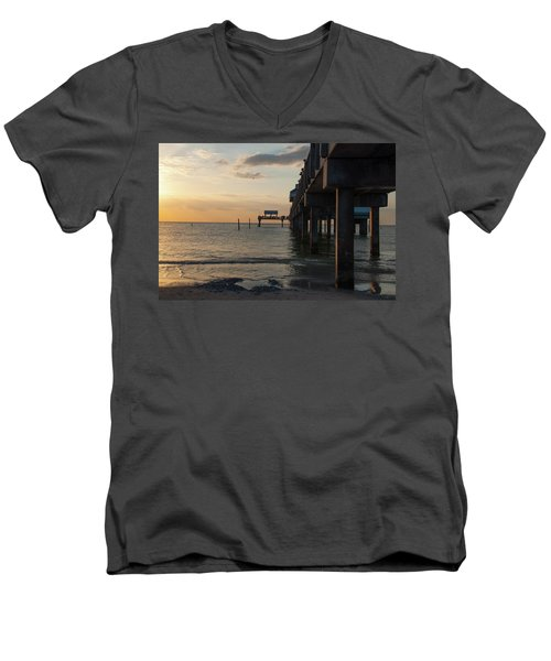 Pier 60 Sunset Men's V-Neck T-Shirt