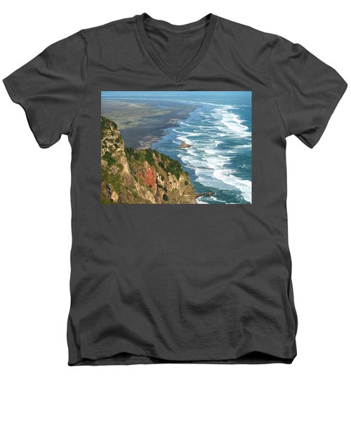 Piha Men's V-Neck T-Shirt