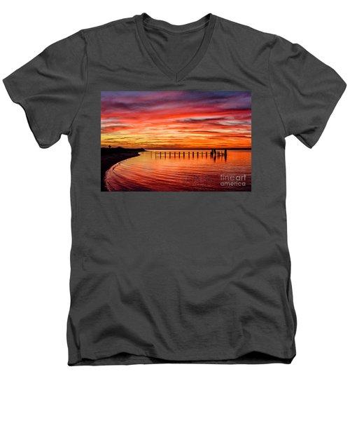 Pink Bay Men's V-Neck T-Shirt
