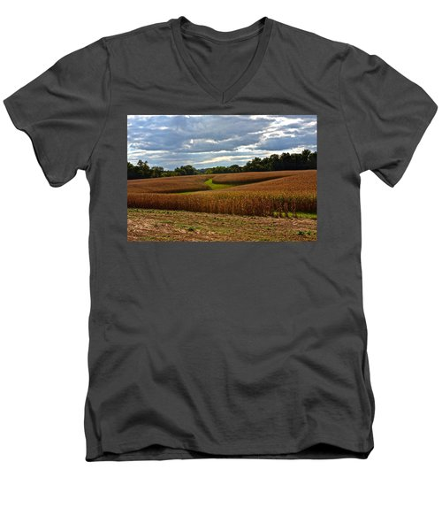Pinwheel Cornfield Men's V-Neck T-Shirt
