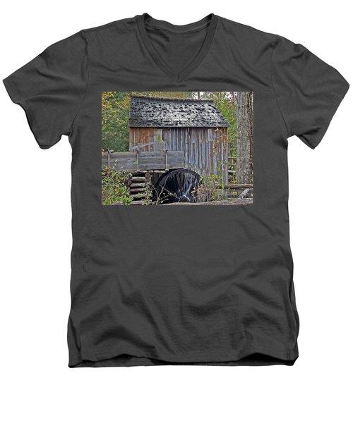Pioneer Water Mill Men's V-Neck T-Shirt