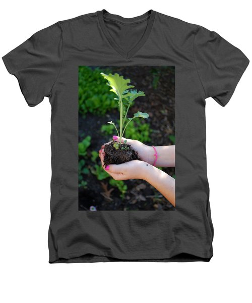 Planting Season Men's V-Neck T-Shirt
