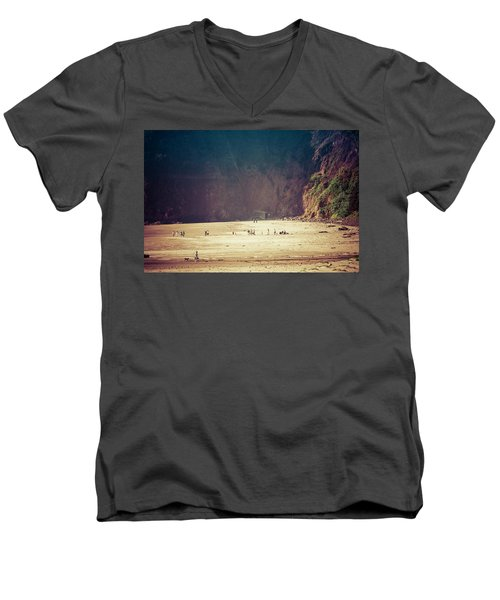 Playing Along Oceanside Oregon Men's V-Neck T-Shirt