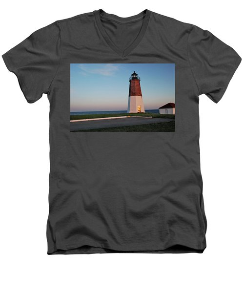 Point Judith Lighthouse Rhode Island Men's V-Neck T-Shirt