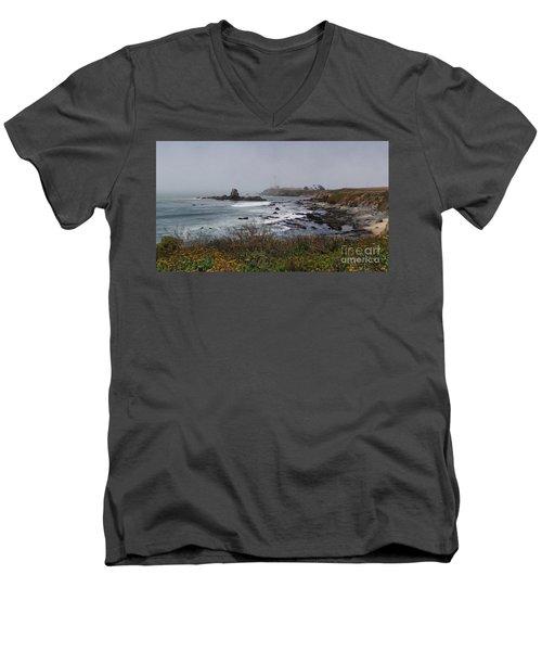 Men's V-Neck T-Shirt featuring the photograph Point Montara Lighthouse by David Bearden