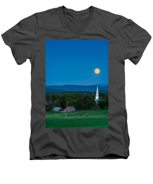 Pointing At The Moon Men's V-Neck T-Shirt