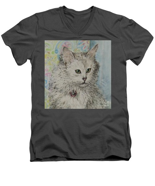 Poised Cat Men's V-Neck T-Shirt