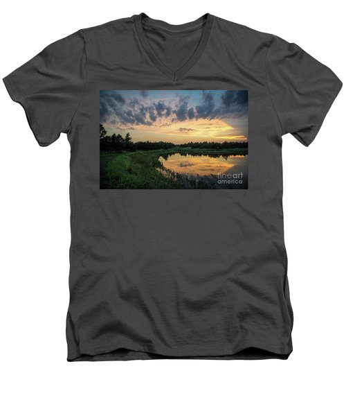 Pond And Sunset Men's V-Neck T-Shirt