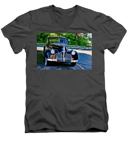 Men's V-Neck T-Shirt featuring the photograph Pontiac 1940 by Joan Bertucci